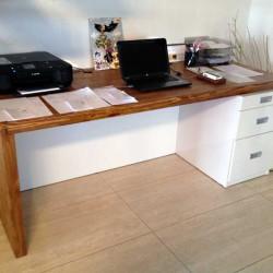 pracovn-stol1